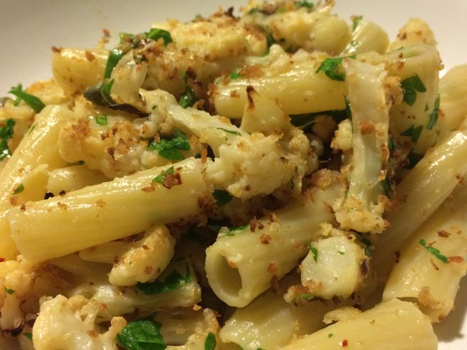 Spicy roast cauliflower pasta